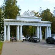 Чугунные ворота (Николаевские ворота)